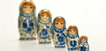 Array of Russidolls in Descending Order of Size