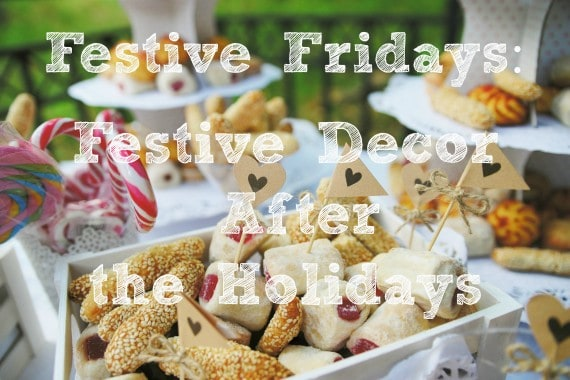 Festive Friday postholiday decor